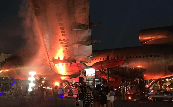 バンコクのチャーンチュイの飛行機