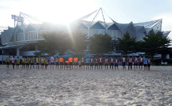 バンコクのラジャマンガラ・スタジアムのビーチサッカー
