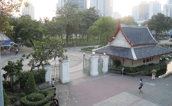 バンコクのベンチャシリ公園