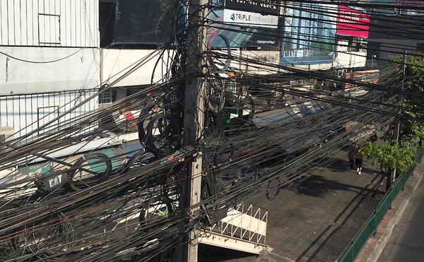バンコクの電気の配線