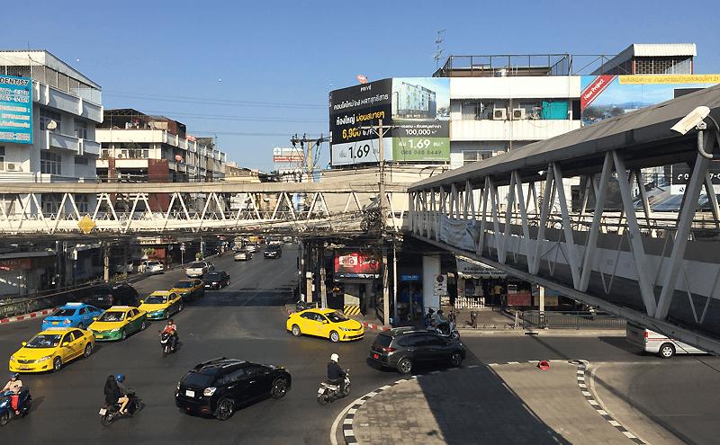 バンコクのスティサン交差点