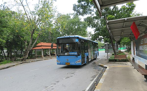 タマサート大学構内バス乗り場