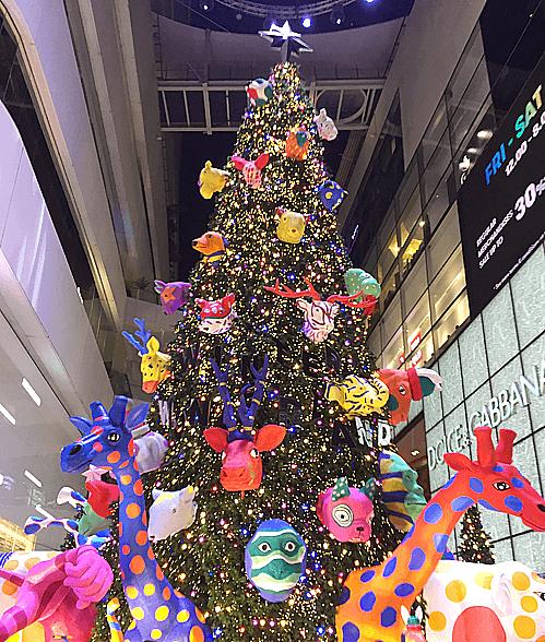 プロンポンのエムクオーティエクリスマスツリー