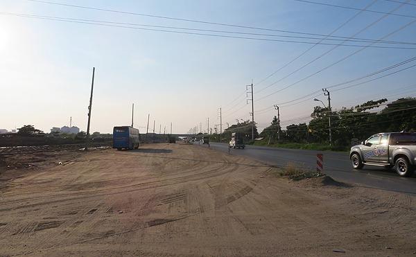 タイランド湾のへの道路