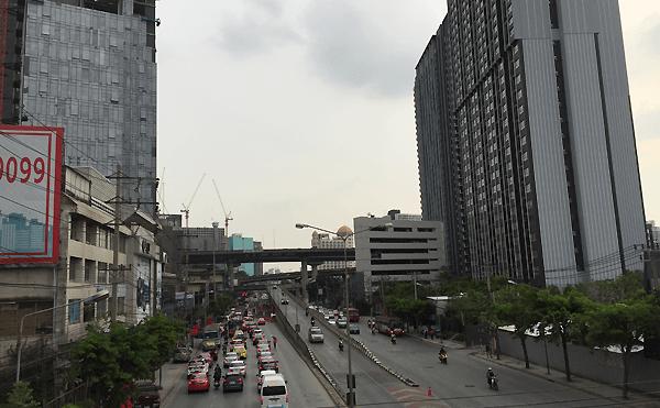 バンコクのラムカムヘン通り
