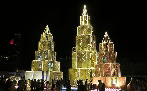 アイコンサイアムのクリスマスツリー