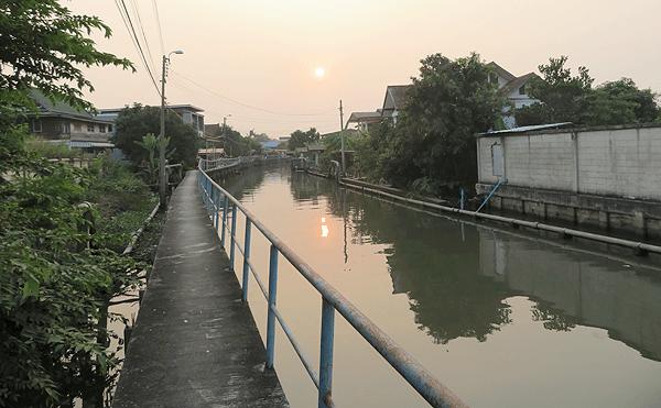 バーン・クー・ウエイン運河