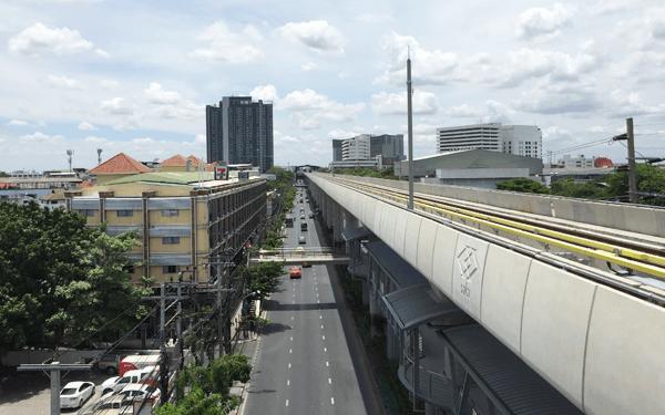 バンコクBTSロイヤル・フォレスト駅