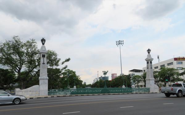 バンコクのマカワーン ランサン橋