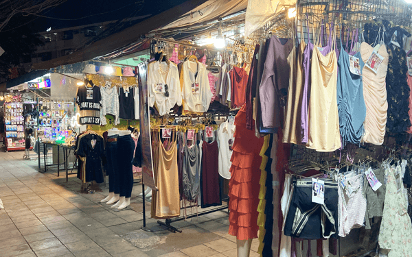バンコクのフォイックアン・ナイトマーケット